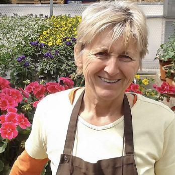 Rita kasper semmler personensuche kontakt bilder profile mehr - Gartenbau metzingen ...